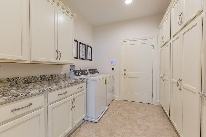 RYW-Laundry Room 1