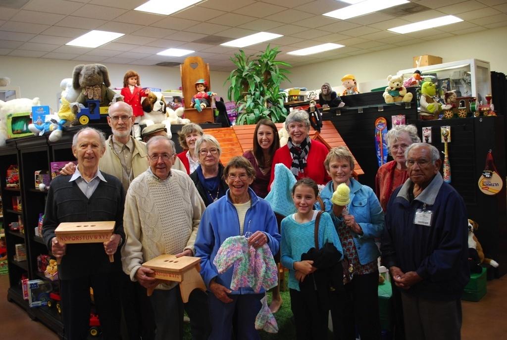 Valle-Verde-Unity-Shoppe-Donation