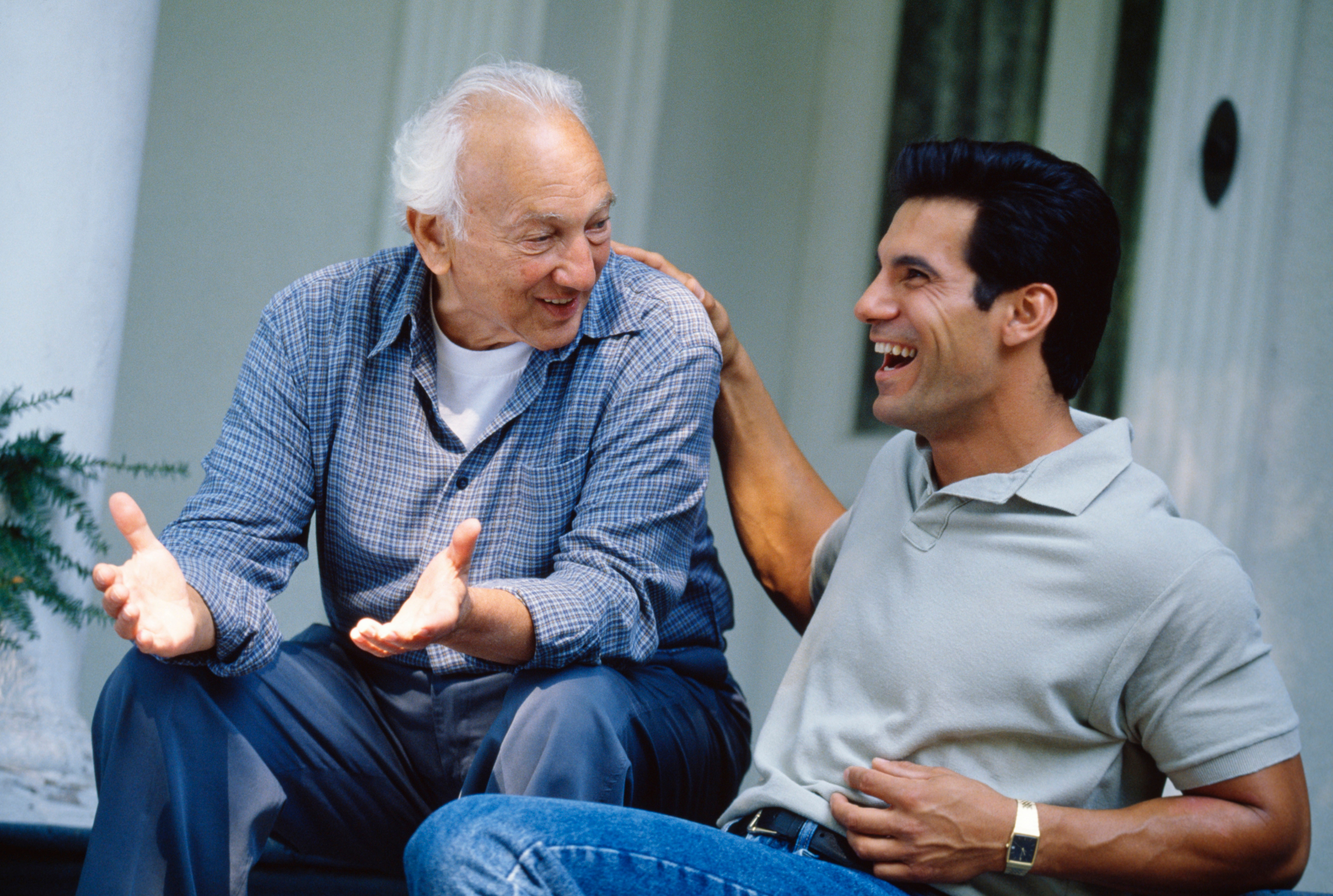 How to Talk to Your Parents About Senior Housing