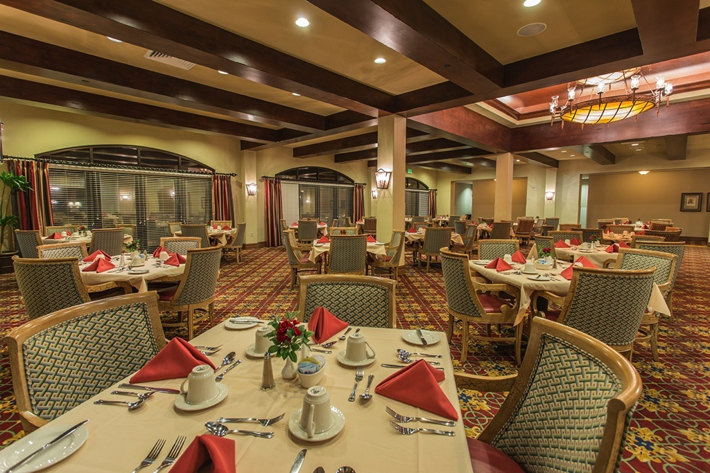 19-Dining-Room-no-people