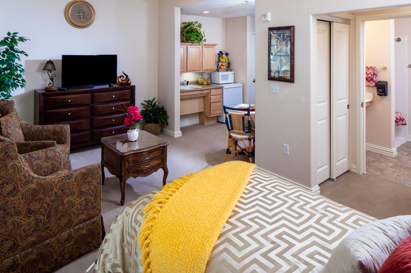 Assisted living bedroom at Las Ventanas