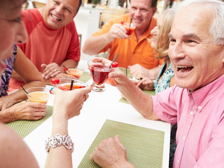 hg_ccrc_RO_lifestyle_dining_group_toasting.jpg