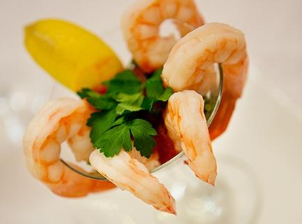 hg_ccrc_SJG_lifestyle_dining_chefpreparedfood.jpg