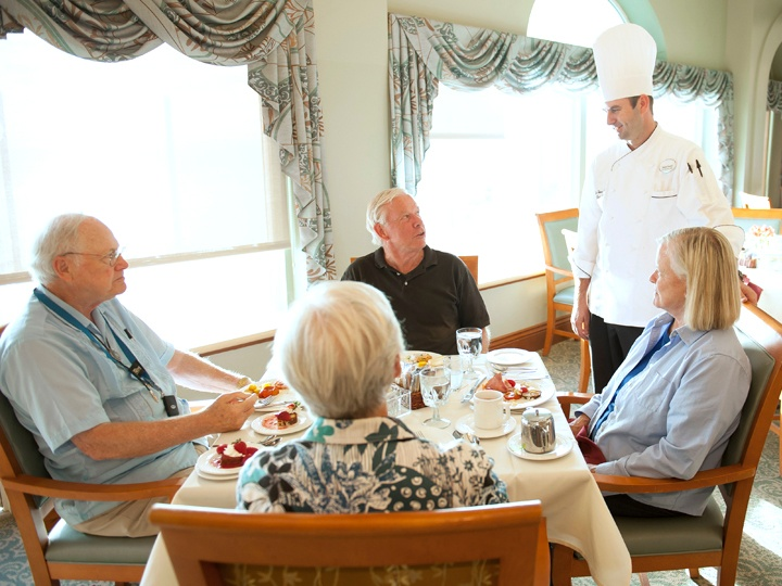 hg_ccrc_WS_lifestyle_dining_group_with_chef.jpg