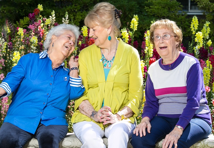 hg_ccrc_Windsor_about_media_gallery_women_laughing.jpg