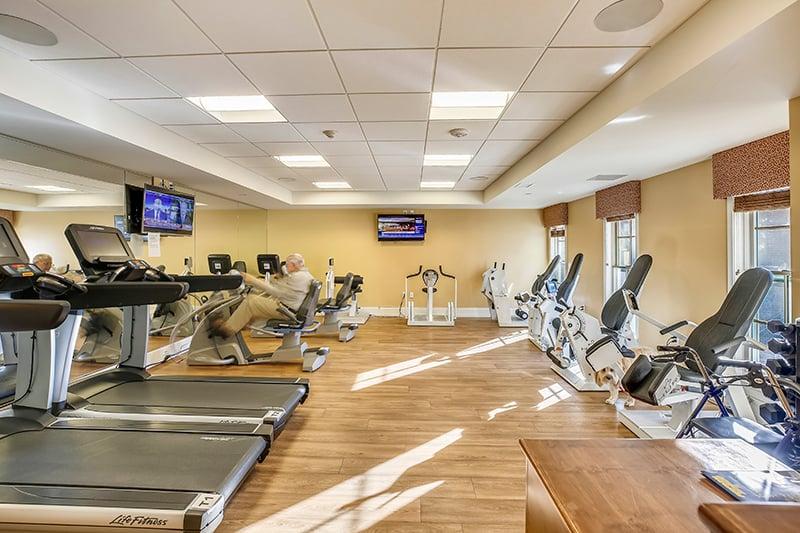 Amenities-61-Fitness-Room-_MG_7163